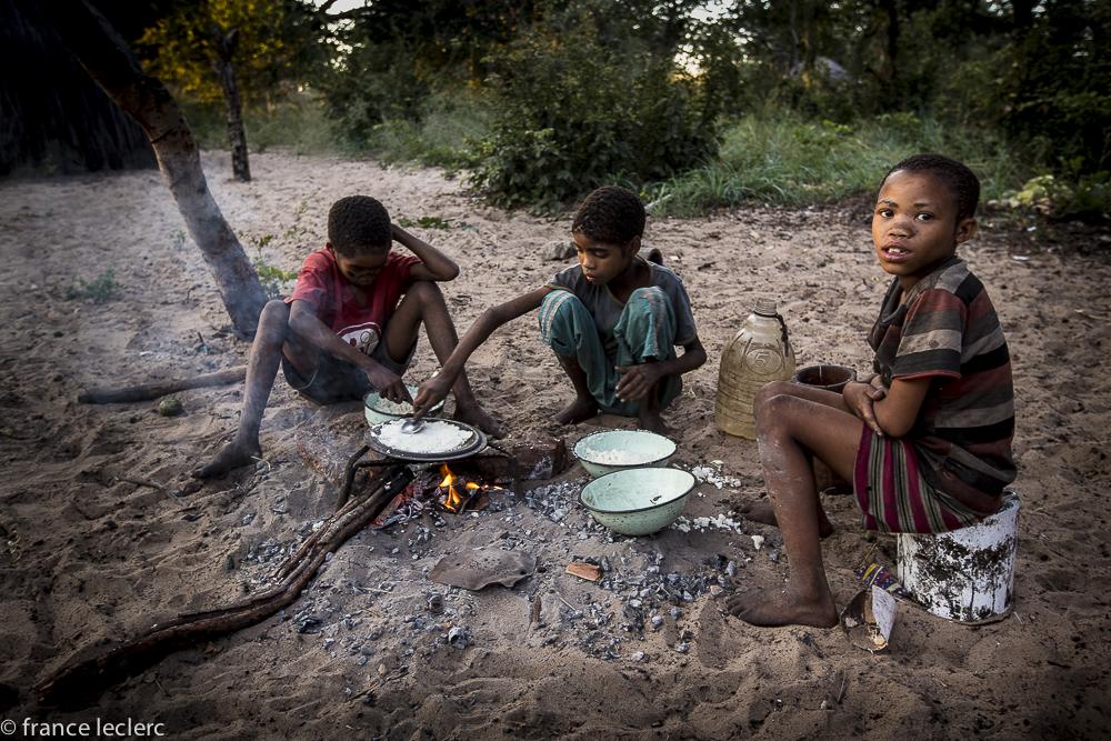 Bushmen_(17_of_30)